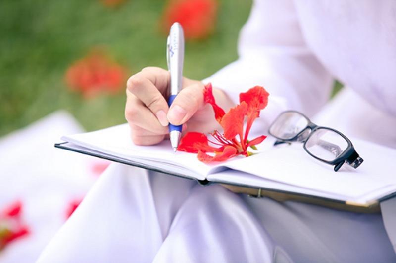 Tháng 5 - Mùa chia xa nhớ tuổi học trò