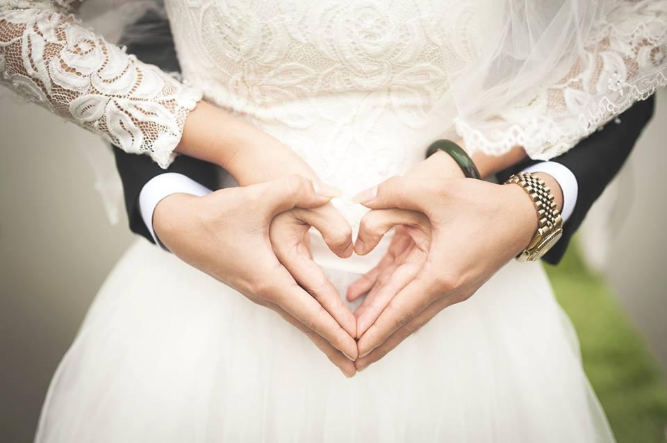Chỉ cần trái tim hai người vẫn còn có nhau thì dù sóng gió thế nào họ cũng sẽ vượt qua